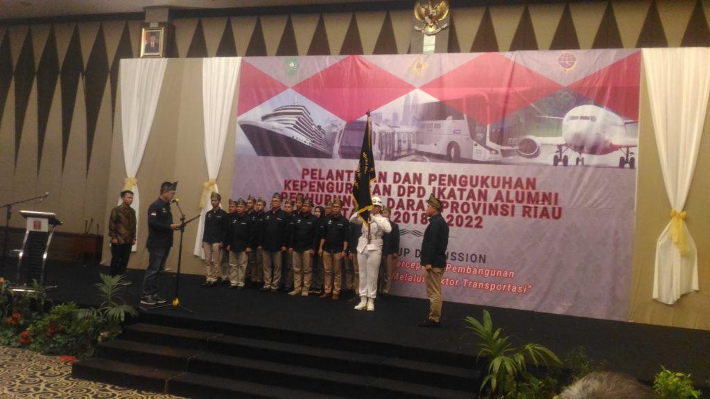 Walikota Pekanbaru DR. H. Firdaus, ST.MT, Hadiri Pengukuhan DPD IKA HUBDAT Provinsi Riau