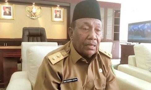 Terakhir Jabat Gubernur Riau, Wan Thamrin Kemas-kemas Barang dari Rumah Dinas