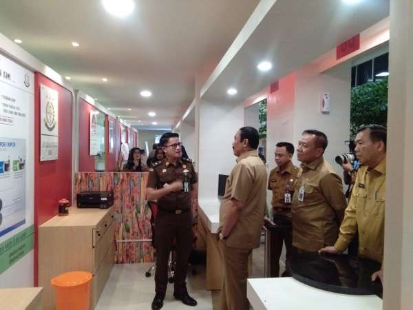 Sekjen Kemendagri Tinjau MPP Pekanbaru