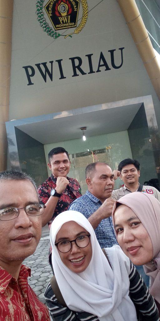 30 Peserta LKJ PWI Riau-Kemen LHK Diberangkatkan ke 4 Daops