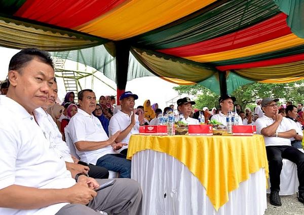 Menteri Pendidikan Terpukau Saksikan Penampilan Siswa di Riau