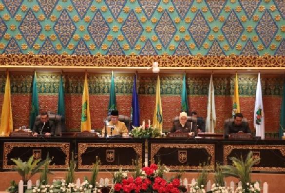 DPRD Riau Gelar Rapat Paripurna Pengumuman Pergantian Unsur Pimpinan