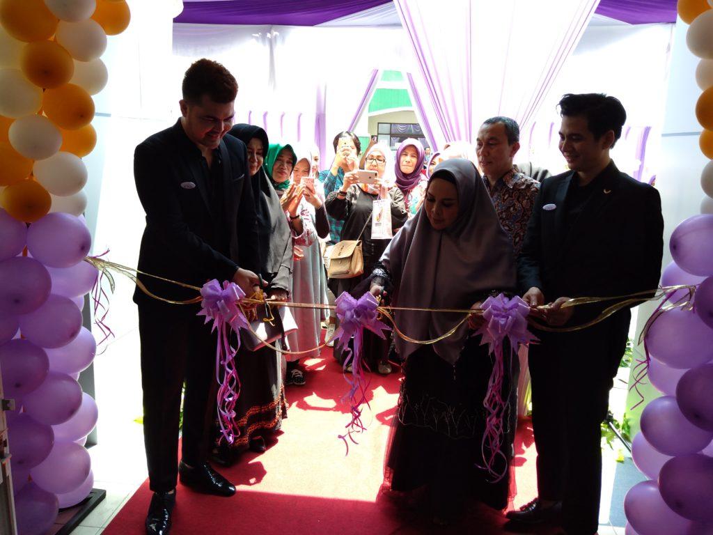 """Telah Hadir """"Albezits Clinic by Aura"""", di Kota Pekanbaru Perawatan Kecantikan Terlengkap"""