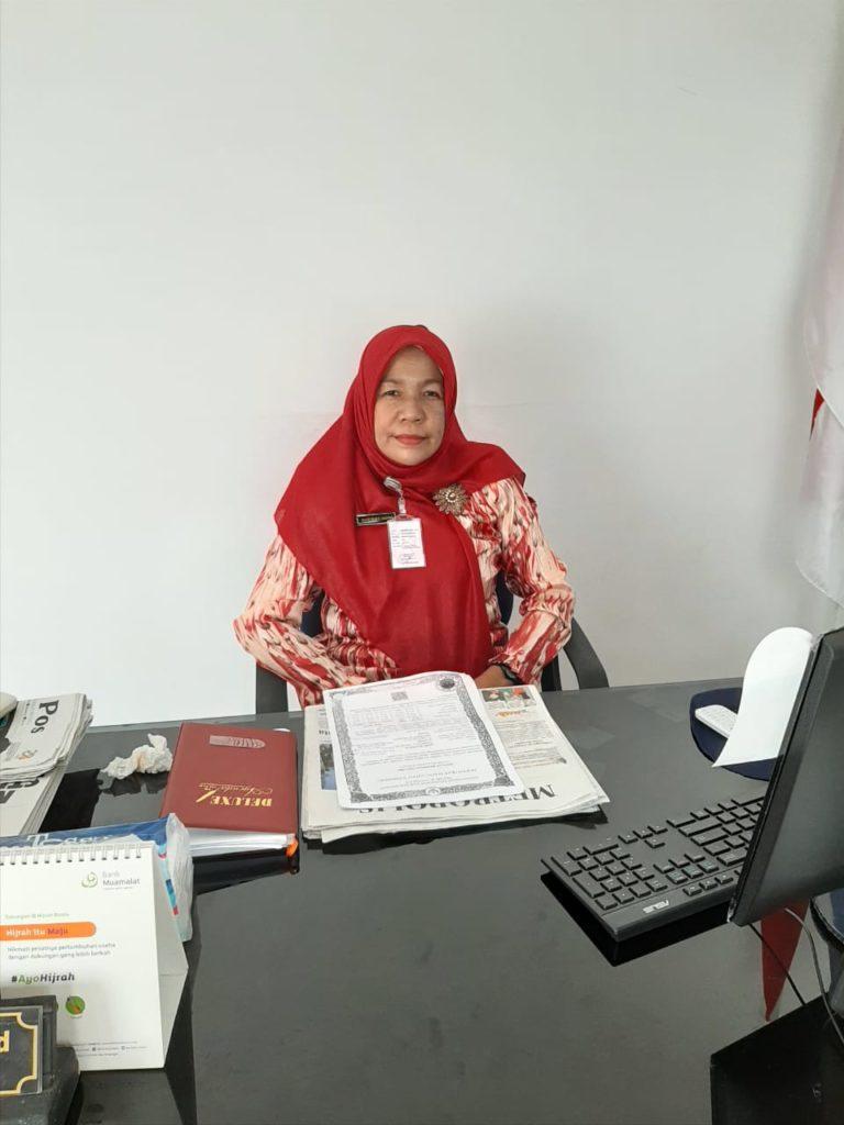 Kepsek Nuryenti Sofia,S.Pd. : Melalui Penataan dan Giatkan Goro di SMPN 30, Persiapan Menuju Adiwiyata
