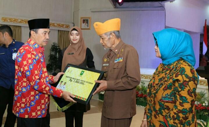 Gubri Sambut Baik Permintaan LVRI Riau Bangun Monumen Perjuangan