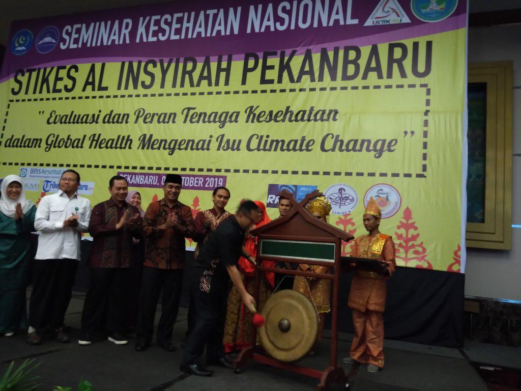 STIkes Al Insyirah Gelar Seminar Kesehatan Nasional dan Rapimnas ISMKMI Ke XI Tahun 2019